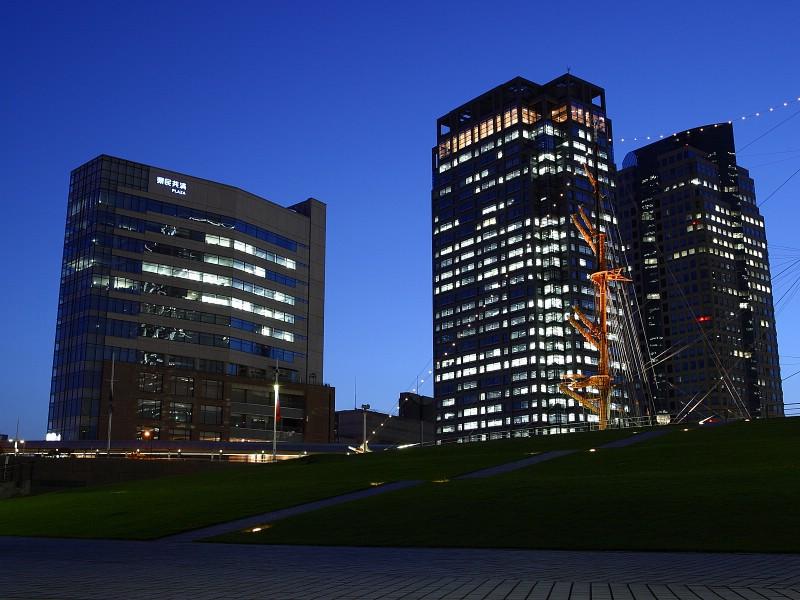 壁纸800×600城市夜景 7 12壁纸 城市夜景壁纸图片建筑壁纸建筑图片素材桌面壁纸